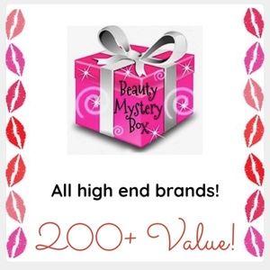 NEW Makeup Cosmetics Beauty Mystery Box